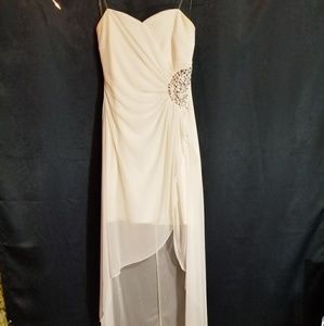 White strapless highlow Ruby Rox dress, size Large
